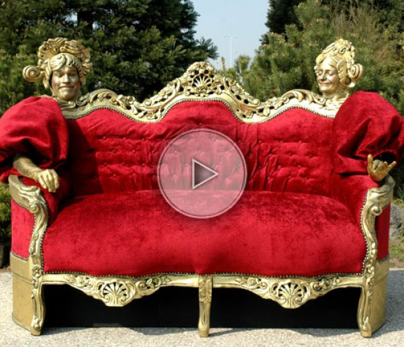 living couch, living sofa, canapé vivant, furniture, meubles, statues