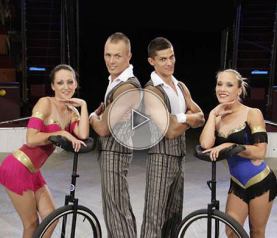 unicycle troup, hungary, hongrie, troupe monocycle, acrobates monocycle, unicycle acrobats, acrobatic troup,