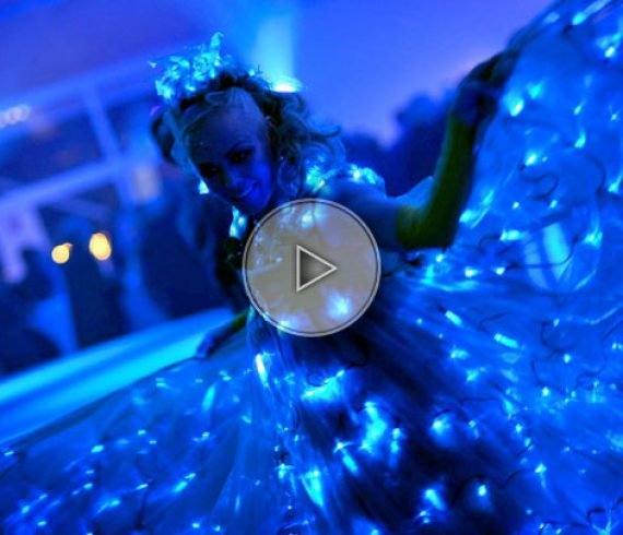 blue dancers, danseuses bleues, led dancers, danseuses led, led blue,