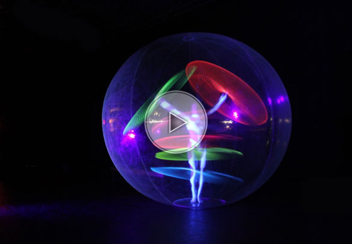 lighting bubble, LED hula, hula in a bubble, hula hop in a bubble, giant bubble with hua hoop