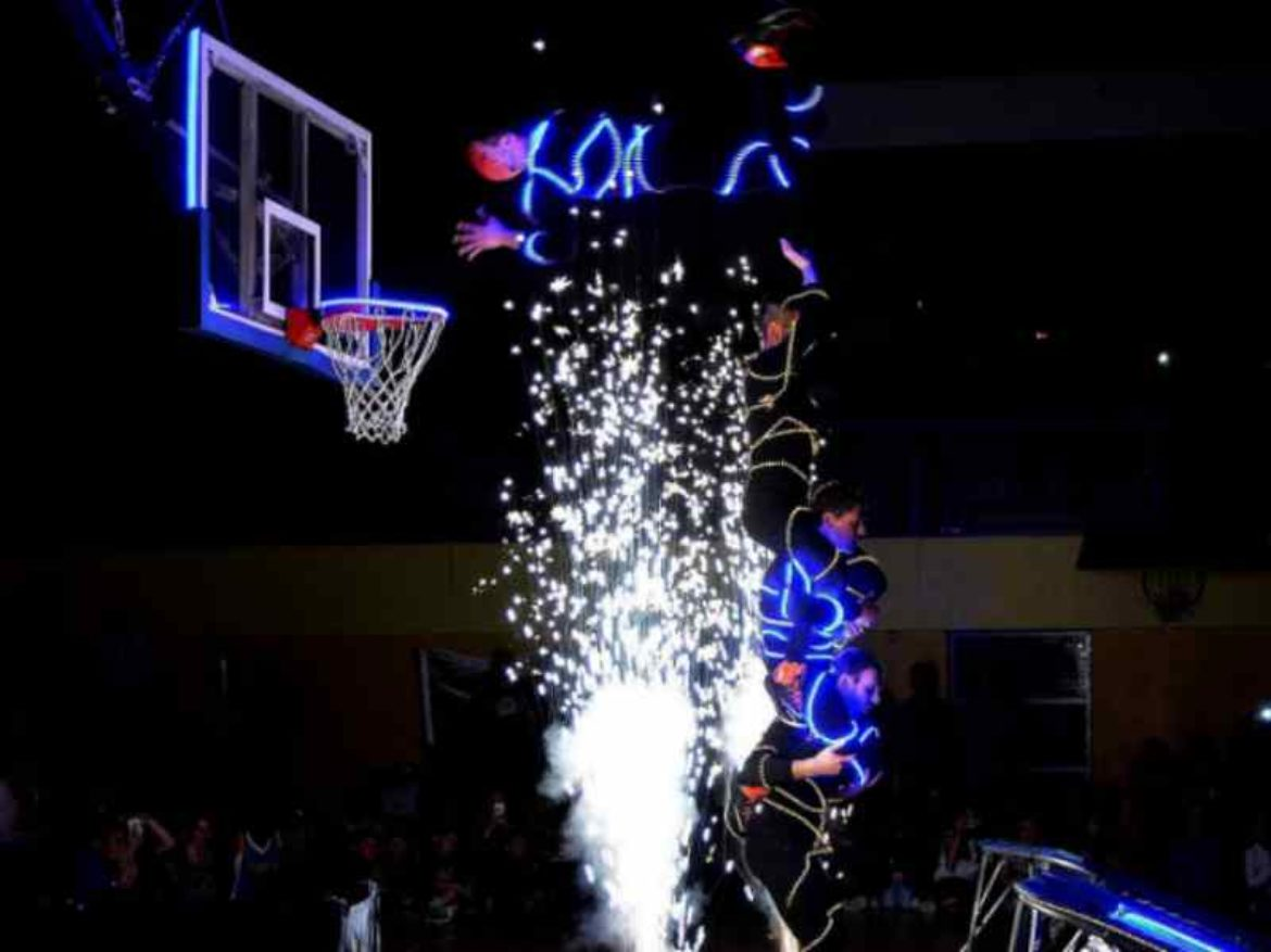 led basketball show, basketball, basketball show, LED dunkers, dunkers