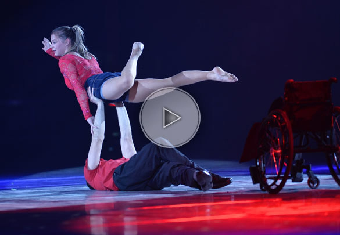 acrobatic fusion, wheel chair acrobatic, wheel chair hand balance, wheel chair performer