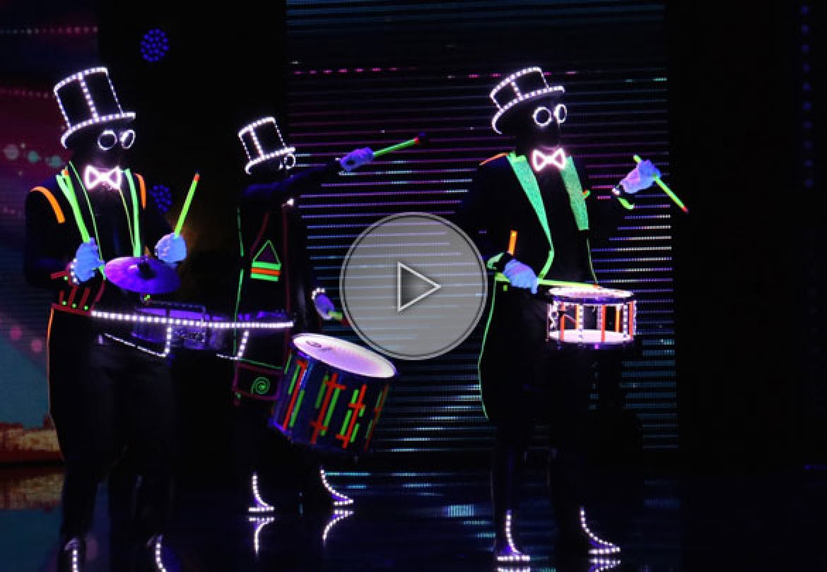 glow in the dark drums, glowing drums, glowing drumers, glow in the dark drummers