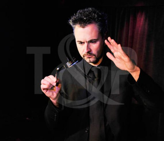 magician, magic, close up magician, close up magic, magical, artist, performer, show, event, monaco