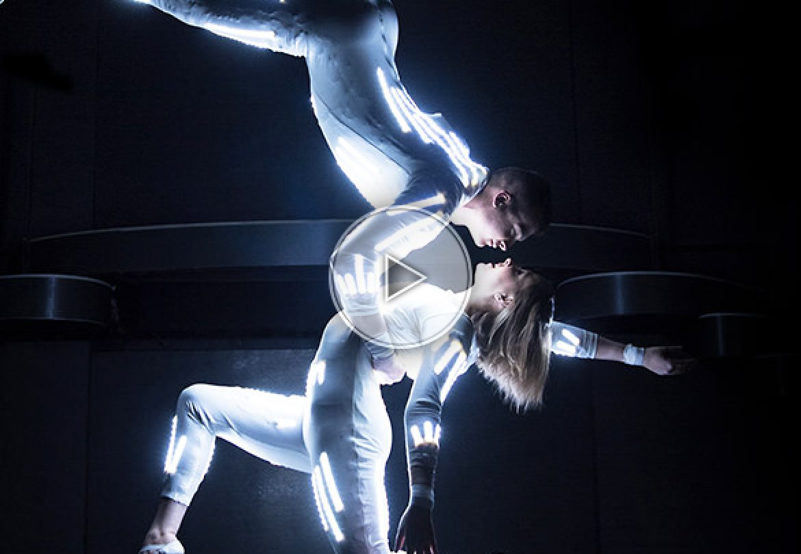 aerial, aerial duo, aerial act, acrobatics, hungary, artists, duo