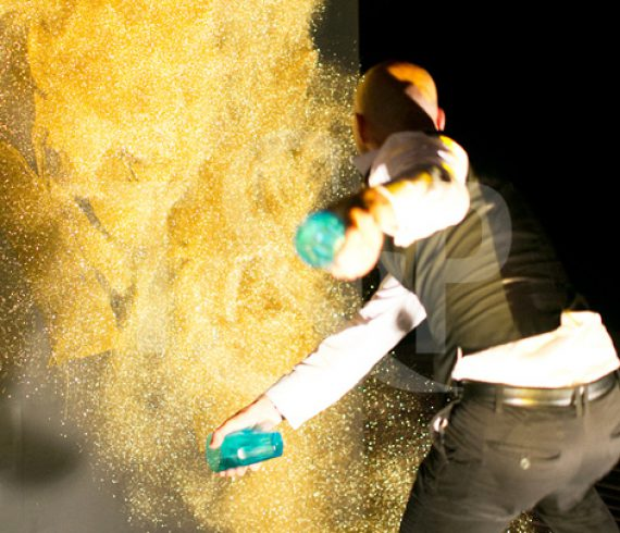 speed painter, glue and glitters, speed painter glue and glitters, live painting, event, corporate, show, monaco, glamour, live painter