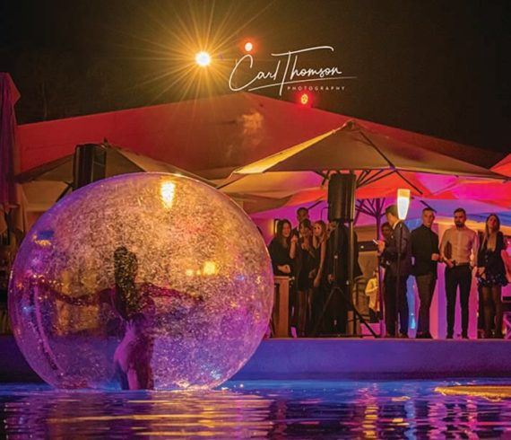 Dancers, bubble dancers, water dancers, south of france show, south of france act