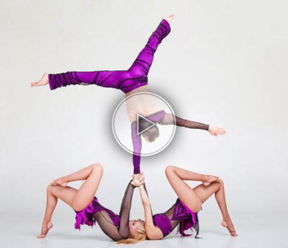 acrobatic trio, trio acrobatique, three's charm, purple
