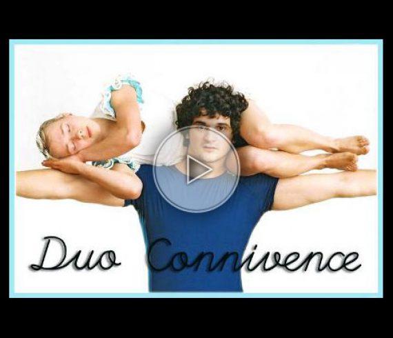 duo connivence, maxi mini, main à main, handbalance