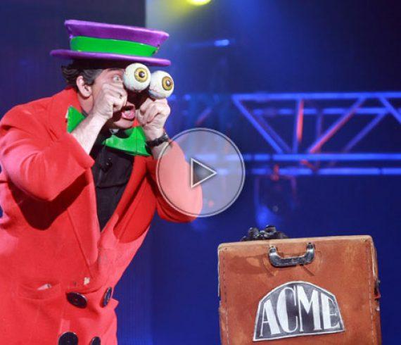 cartoon magician, comedy magician, crazy magician, magicien dessin animé, acme magician, acme magicien, kids magician, magicien enfants