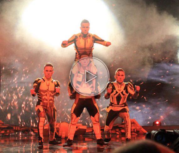 super-héros, super heroes, dancers, danseurs, groupe de danseurs, dancers group, fantastic, robots, energy