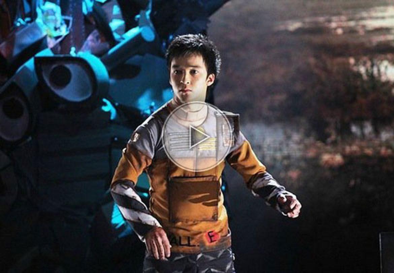 the robot dancer, le danseur robot, robotic, robot, break dance