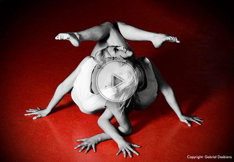dual contortion, twins, jumelles, double contortion, double contorsion, duo de contorsion, twin sisters