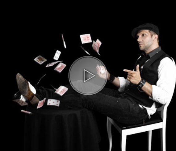 swiss close-up magician, geneva close-up magic, switzerland magician, magicien suisse, magicien de close-up à genève, switzerland
