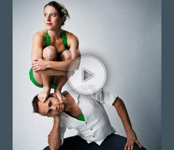 maxi mini hand balance, duo hand balance, hand balance duo, equilibrists duo, equilibrist duo