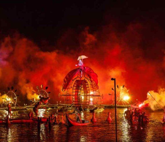 water parade, water show, water parade show, parade sur l'eau, parade aquatique, spectacle aquatique, spectacle sur l'eau