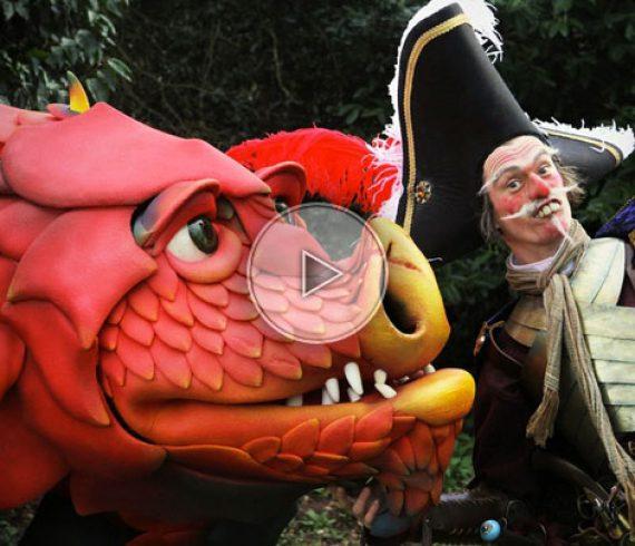 dragon, dragon walkabout, dragon street show, walkabout act, street show