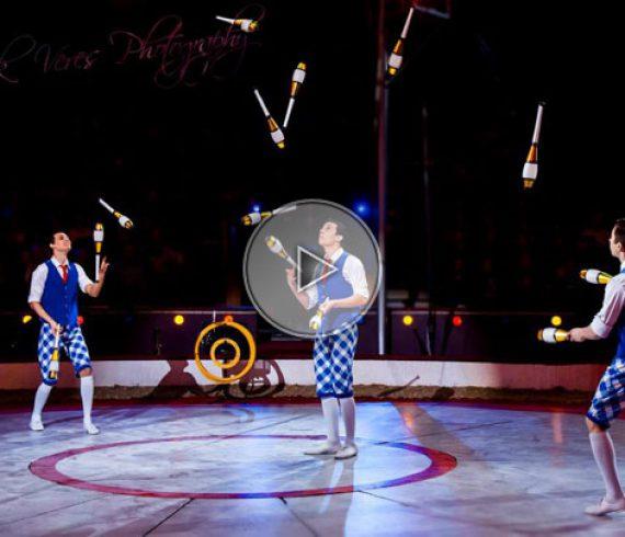 juggling trio, jugglers, trio jugglers, trio juggling
