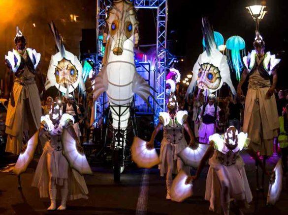 lighting parade, sea parade, lighting jelly fish, sea walk about, sea stilt walkers, lighting fishes