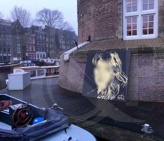 amsterdam, birthday entertainment, boat performance, birthday performance, boat entertainment, glitter, masterdam, glue painter