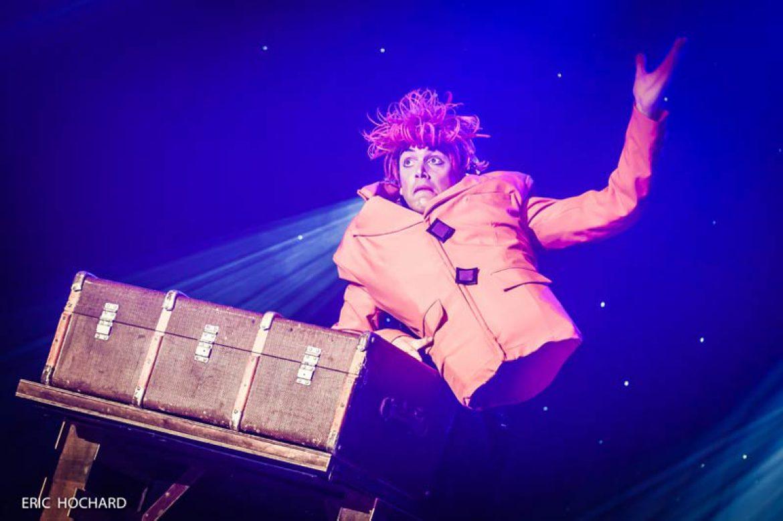 the wild magician, comedy magician, fun magician, funny magician, no legs magician, wild, crazy, orange magician