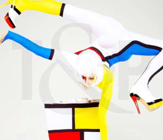 Apollo Circus Roncalli, Mondrian, handbalance, colored handbalance, roncalli, germany, apollo variete