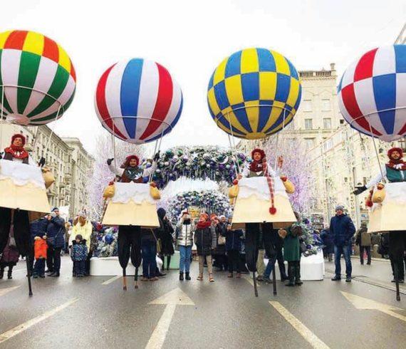 Hotairballoons, ballonsstilts, stilts, stilts walkers, balloons walkers, travelevent, travelact, travelshow, travelersstilts